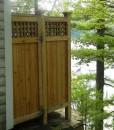 outdoor-shower-enclosure-lattice