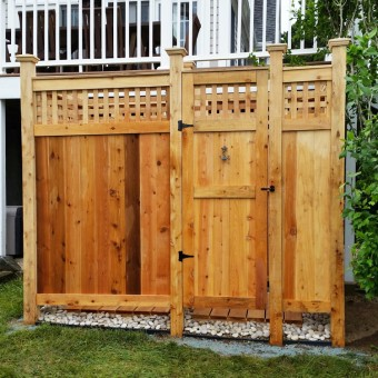 outdoor shower enclosure lattice cedar